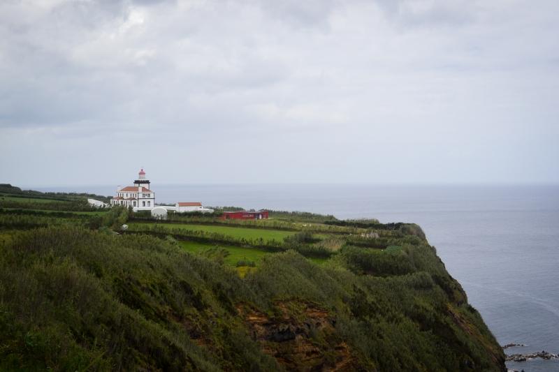Lighthouse near Ponta da Ferraria